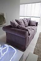 divano a tre posti classico