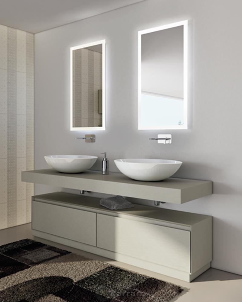 Cucina bianca e nera for Mobili bagno due lavabi